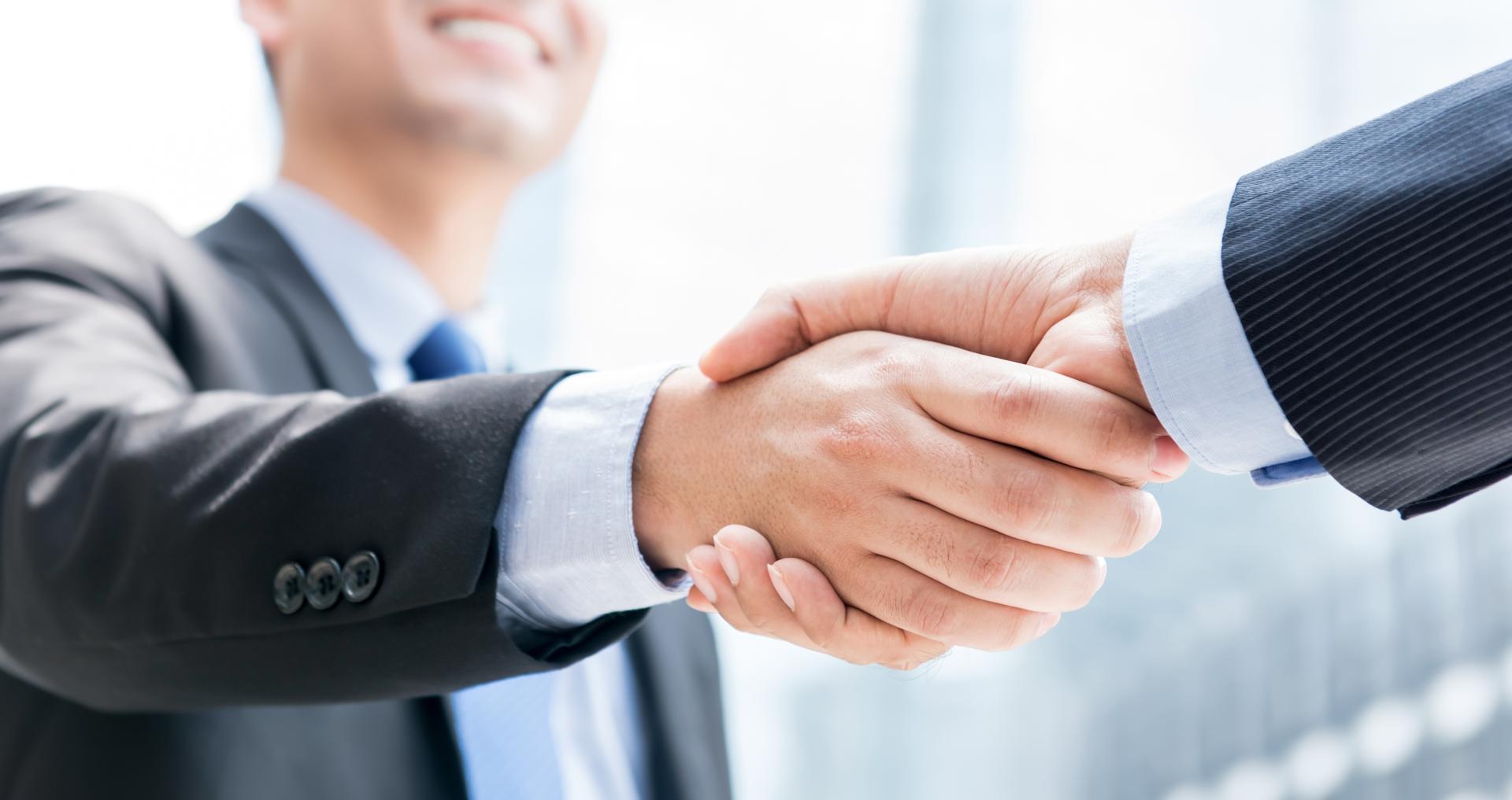 人と組織を成長させるパートナー